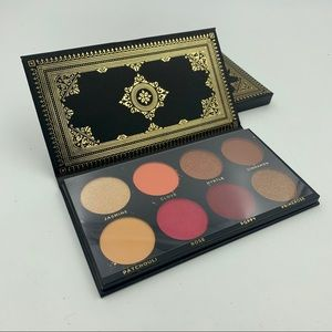 HOST PICK Ace Beaute Grandiose Eyeshadow Palette